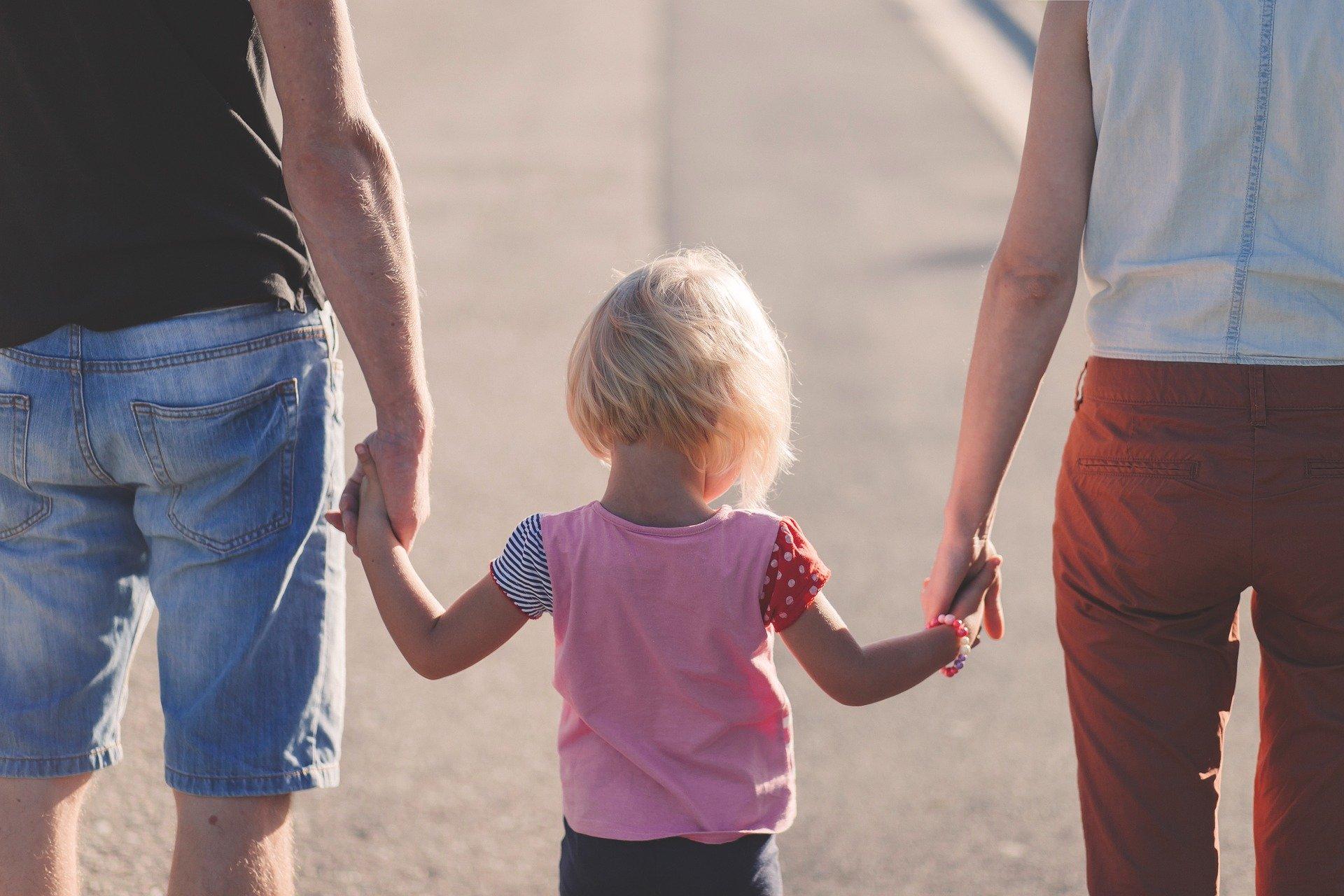 איך לעבוד מהבית וגם לתמוך בילדים?